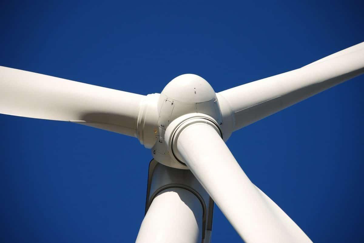 Photo libre turbine BTS maintenance